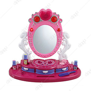 Dresser Mirror Beauty Set with Jewelry